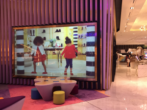 The Dubai Mall large format projection screen