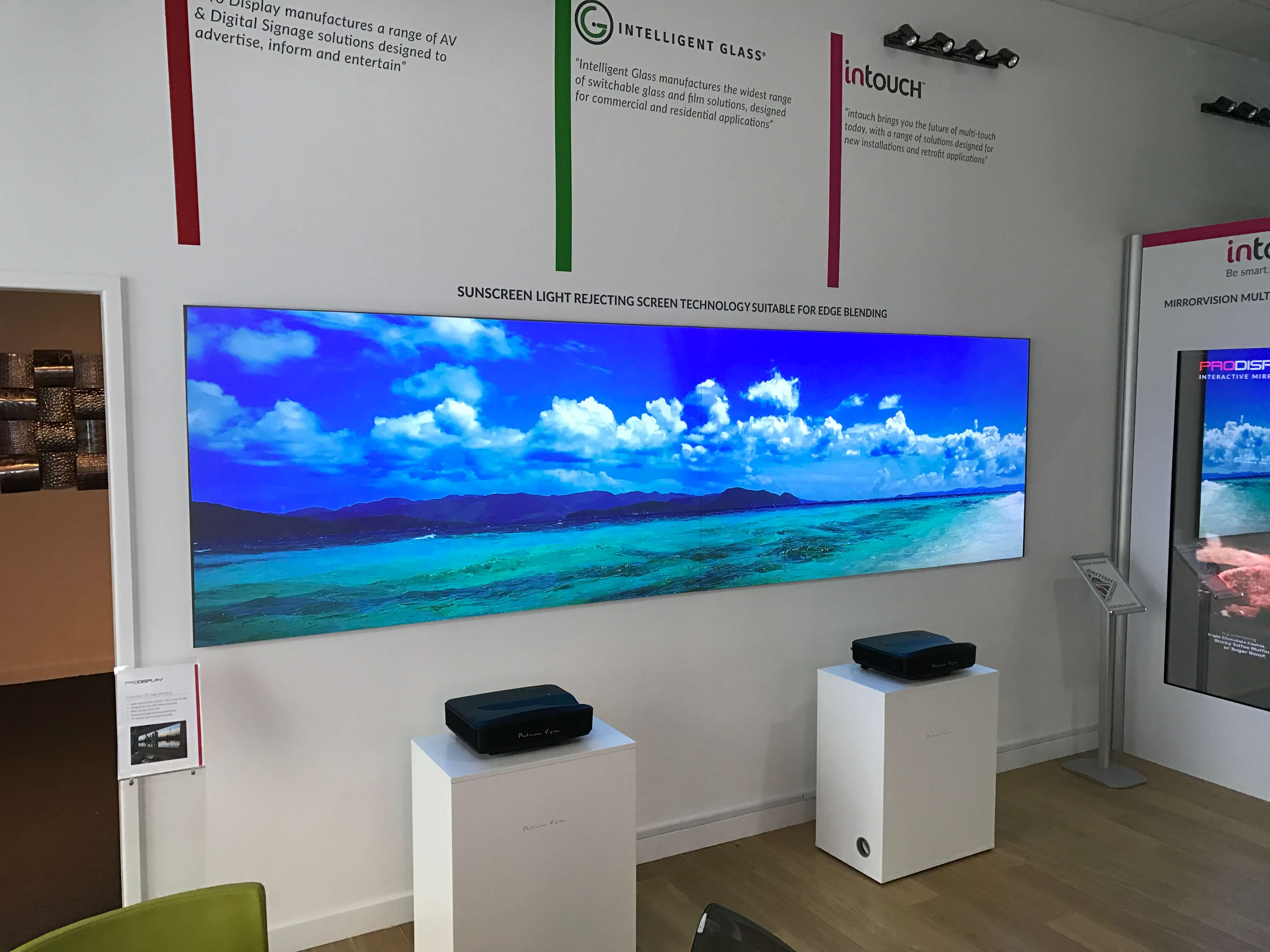 Ambient Light Rejecting Projector Screen Ust Alr Front