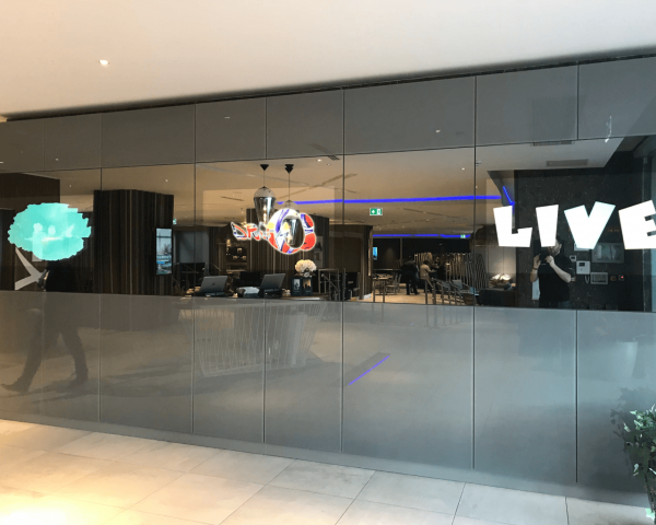 Mirror Video Wall | Luxury Large Format Mirrored Display