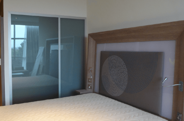 Switchable Glass Partition - Novotel